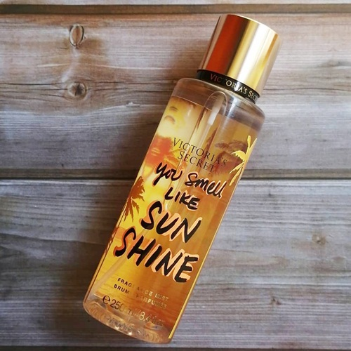 Xịt thơm Body Victoria's Secret You Smell Like Sunshine